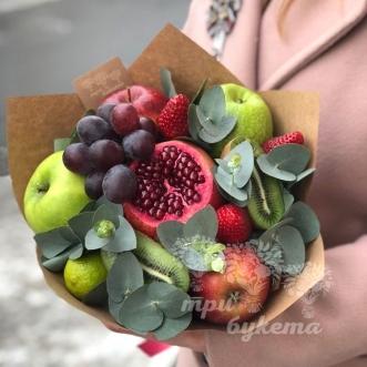 fruktovyj-buket-iz-yablok-i-kivi